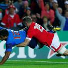 Wesley Fofana scores the first try for France