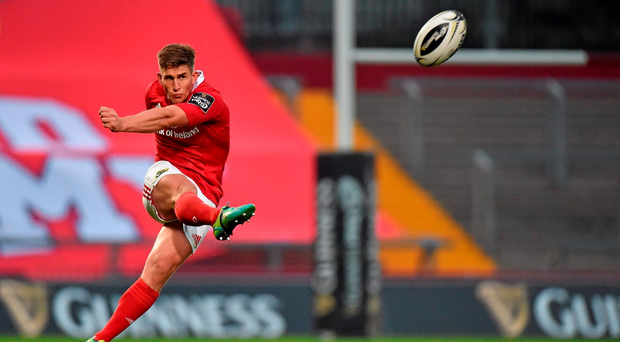 Ian Keatley of Munster kicks a penalty