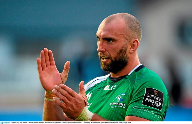 3 October 2015; John Muldoon, Connacht, applauds supporters after victory over Cardiff Blues. Guinness PRO12, Round 3, Connacht v Cardiff Blues. The Sportsground, Galway. Picture credit: Diarmuid Greene / SPORTSFILE