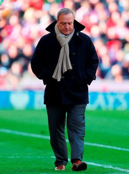 Sunderland struggle to replace former manager Dick Advocaat