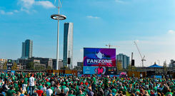 Ireland supporters in the Fanzone ahead of the game at the Olympic Park. 2015 Rugby World Cup, Pool D, Ireland v Italy, Olympic Stadium, Stratford, London, England. Picture credit: Brendan Moran / SPORTSFILE