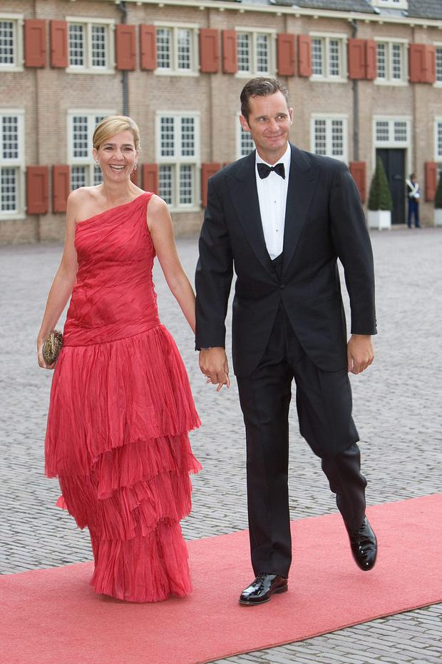 Duke de Parme de Mallorca Inaki Urdangarin and Princess Christina of Spain arrive to attend celebrations marking the 40th birthday of Dutch Crown Prince Willem Alexander at the Loo Palace on September 1, 2007 in Apeldoorn, The Netherlands. (Photo by Michel Porro/Getty Images)