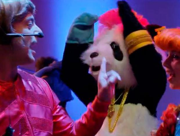 Just Dance Unlimited - That panda is having a jolly good time