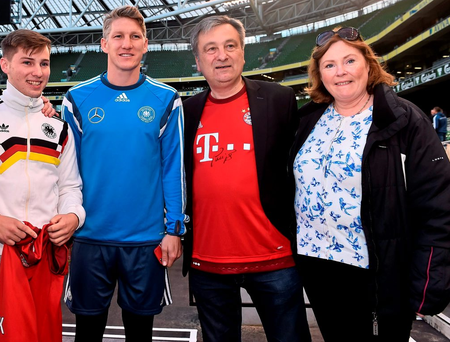 Bastian Schweinsteiger with, from left, Alexei, John and Graziella Schuster at the Aviva Stadium yesterday Photo: David Maher