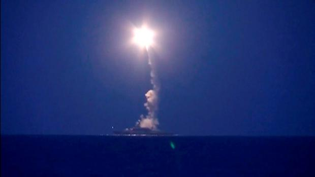 A still image taken from footage released by Russia's Defence Ministry on October 7, 2015, shows a Russian warship firing a rocket in the Caspian Sea. REUTERS/Ministry of Defence of the Russian Federation/Handout via Reuters