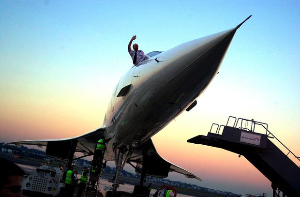 A British Airways Concorde arrives at Logan International Airport in 2003. Photo: Douglas McFadd/Getty Images