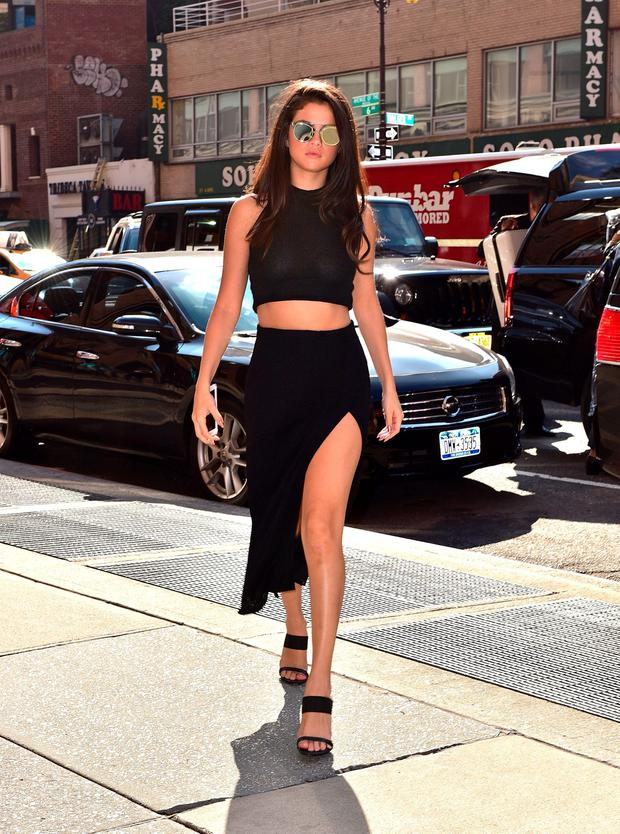 Selena Gomez seen on the streets of Manhattan on October 13, 2015 in New York City. (Photo by James Devaney/GC Images)