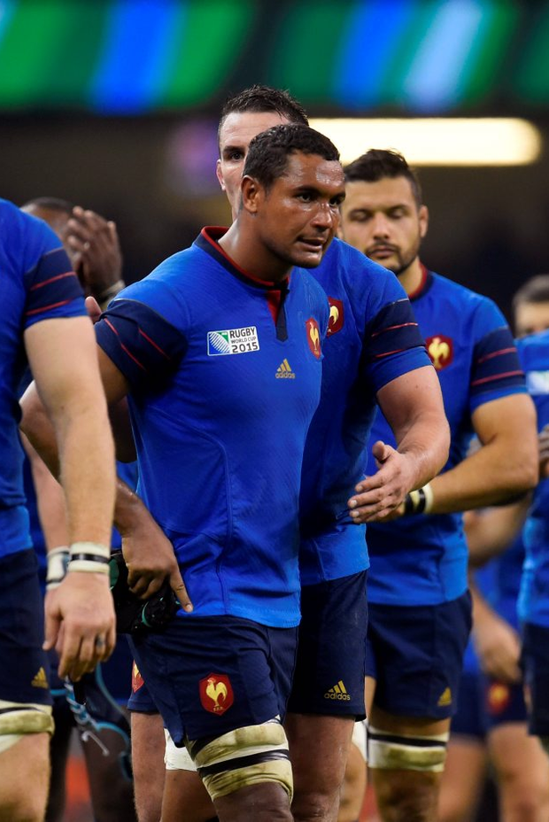 France's captain Thierry Dusautoir looks dejected after losing to Ireland