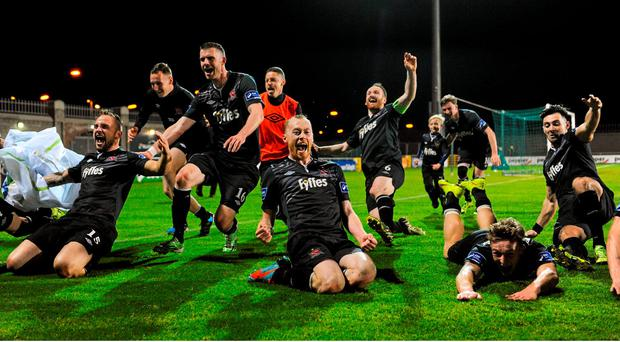 Dundalk players celebrate their team's victory. SSE Airtricity League, Premier Division, Shamrock Rovers v Dundalk. Tallaght Stadium, Tallaght, Co. Dublin. Picture credit: Seb Daly / SPORTSFILE