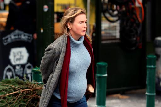 Renee Zellweger seen on set of Bridget Jones' Baby at Borough Market on October 13, 2015 in London, England. (Photo by Neil Mockford/Alex Huckle/GC Images)