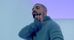 Drake in Hotline Bling