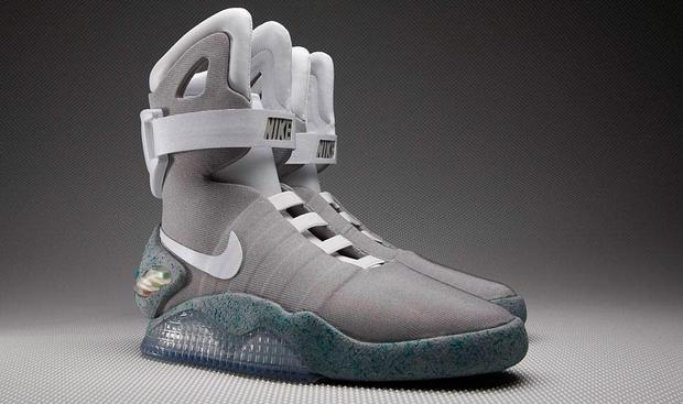 Nike's 'Back to the Future II' Air Mag. Nike designer Tinker Hatfield says that power laces are coming in 2015.