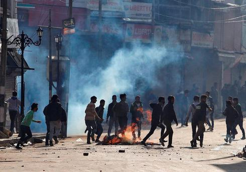 Protests erupted in Indian Kashmir on Tuesday over attacks on Muslims in the rest of India by Hindus campaigning against the consumption of beef as the federal government struggled to rein in hardline Hindu groups across the country Credit: REUTERS/Danish Ismail