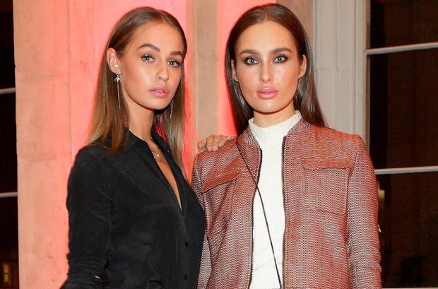 Thalia Heffernan and Roz Purcell turn heads at the #HuaweiSnapys, awards for the Irish Instagram community in City Hall Dublin. Picture: Brian McEvoy Photography