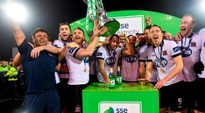 The Dundalk team celebrate with the trophy after the game. SSE Airtricity League Premier Division, Dundalk v Bray Wanderers, Oriel Park, Dundalk, Co. Louth. Picture credit: Paul Mohan / SPORTSFILE