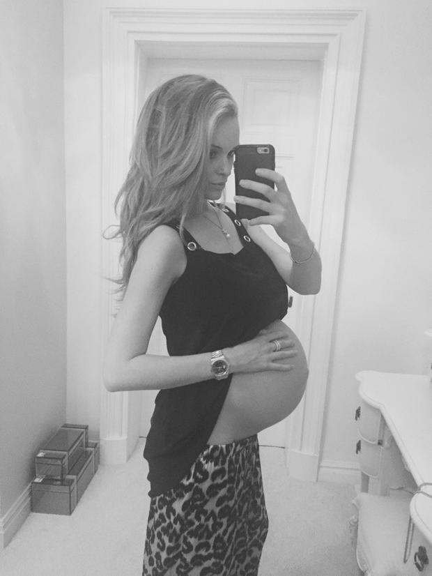 Shay Given's girlfriend Becky Gibson posted this baby bump selfie