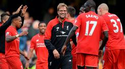 Liverpool manager Jurgen Klopp celebrates at the end of the Chelsea match with his players Reuters / Philip Brown