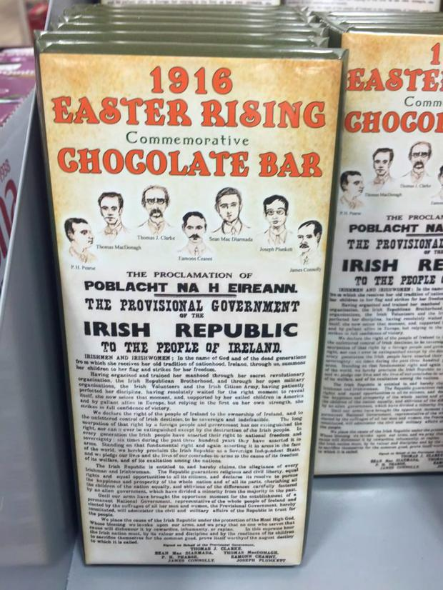 The bar's wrapper features images of the rebel leaders