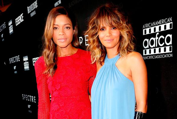 Honorees Naomie Harris (L) and Halle Berry attend the Black Women of Bond Tribute at the California African American Museum on November 3, 2015 in Los Angeles, California. (Photo by Rachel Murray/Getty Images for THAurban)