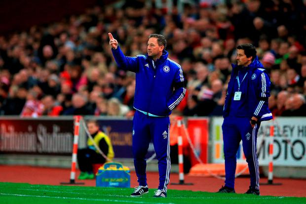 Chelsea first team coach Steve Holland (left) gestures on the touchline during the Barclays Premier League match at the Britannia Stadium, Stoke-on-Trent. PRESS ASSOCIATION Photo. Picture date: Saturday November 7, 2015. See PA story SOCCER Stoke. Photo credit should read: Nick Potts/PA Wire. EDITORIAL USE ONLY No use with unauthorised audio, video, data, fixture lists, club/league logos or