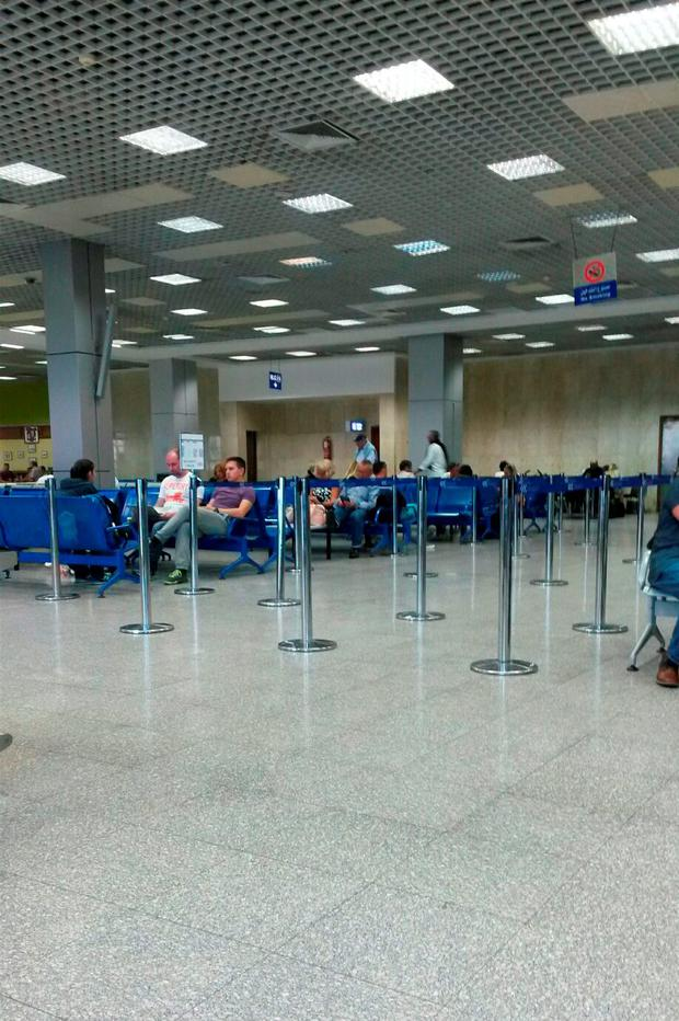 Handout photo courtesy of Emma Beeney from Ely, Cambridgeshire, showing the departure lounge at Sharm el-Sheikh airport. PRESS ASSOCIATION Photo. Picture date: Sunday November 8, 2015. Emma Beeney/PA Wire
