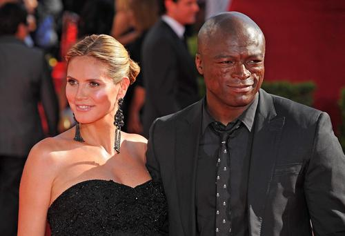 Model Heidi Klum and singer Seal arrive for the 61th Primetime Emmy Awards, at the Noika Theatre in Los Angeles