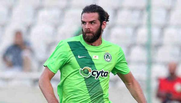 Cillian Sheridan in action for Omonoia
