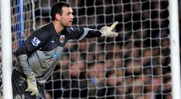 Former Hungary goalkeeper Marton Fulop, who played for a string of English Premier League clubs, has died from cancer at the age of 32