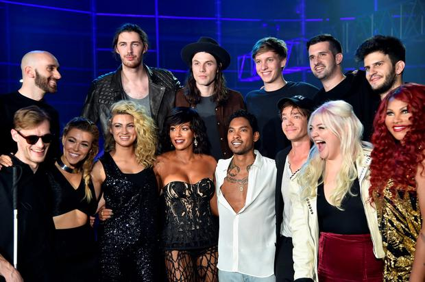 NEW YORK, NY - NOVEMBER 12: L- R (Front Row) Casey Harris, Rachel Platten, Tori Kelly,Mel B, Miguel, Nate Ruess, Elle King, (Back Row) Sam Harris, Hozier, James Bay, George Ezra, Noah Feldshuh, and Adam Levin pose backstage at the VH1 Big Music in 2015: You Oughta Know Concert at The Armory Foundation on November 12, 2015 in New York City. (Photo by Mike Coppola/Getty Images for VH1)