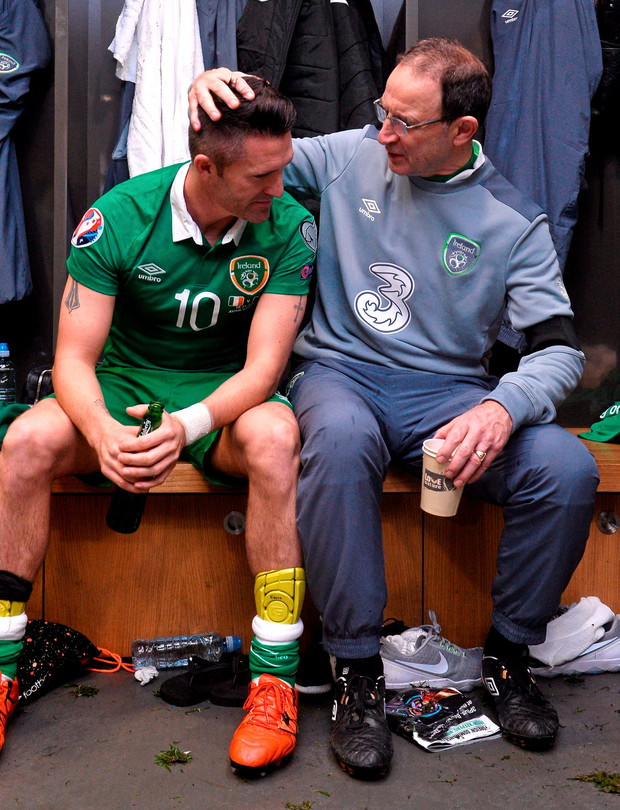 Robbie Keane and Martin O'Neill in the dressing room after Ireland's victory