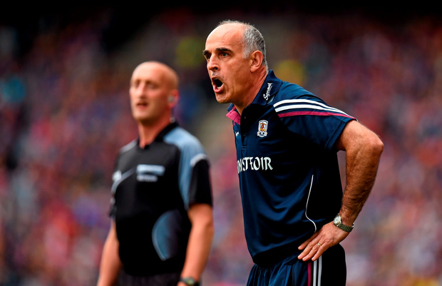 Galway manager Anthony Cunningham lost yet another vote of confidence from the 2015 panel by 26 votes to six
