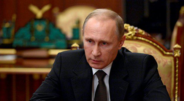 Russian President Vladimir Putin chairs a meeting on Russian plane crash in Egypt at the Kremlin in Moscow, Russia November 17, 2015