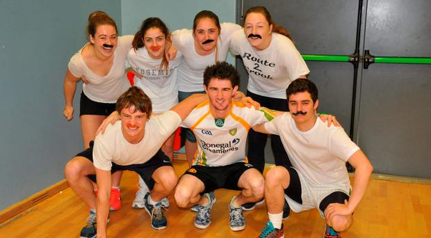 NUIG medical students, in conjunction with the NUIG Slainte Soc. and the NUIG Cancer Soc., joined forces last week to run a fun-filled tag rugby event