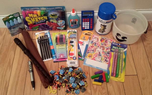 What every 1990's kid brought to school Credit:Imgur