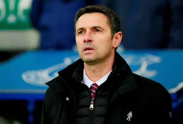 Football - Everton v Aston Villa - Barclays Premier League - Goodison Park - 21/11/15 Aston Villa manager Remi Garde before the game Action Images via Reuters / Jason Cairnduff Livepic EDITORIAL USE ONLY. No use with unauthorized audio, video, data, fixture lists, club/league logos or