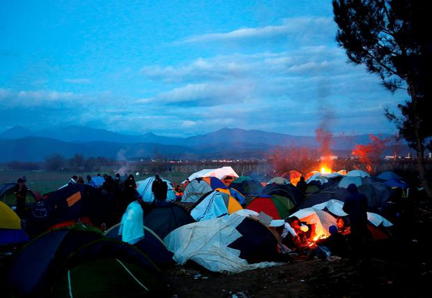 Stranded migrants camp at the border between Greece and Macedonia near the Greek village of Idomeni November 23, 2015. REUTERS/Yannis Behrakis
