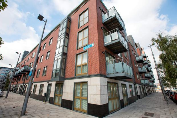 Remedial works required: Longboat Quay apartments