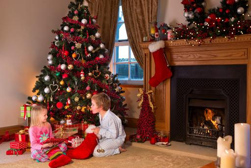 Mums spend over €250 per child on Christmas