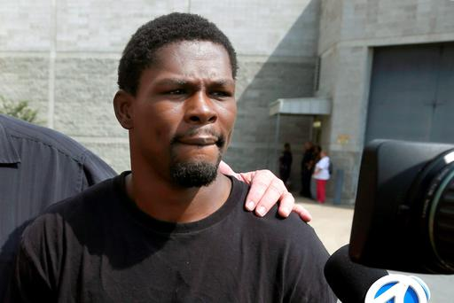 Boxer Jermain Taylor walks from the Pulaski County Jail in Little Rock, Ark. (AP Photo/Danny Johnston, File)