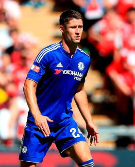 Chelsea defender Gary Cahill has signed a new four-year contract