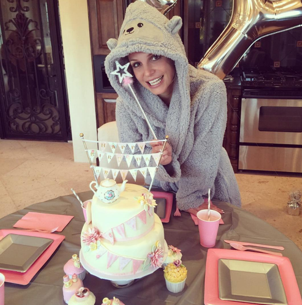 Britney Spears poses with her birthday cake. Instagram
