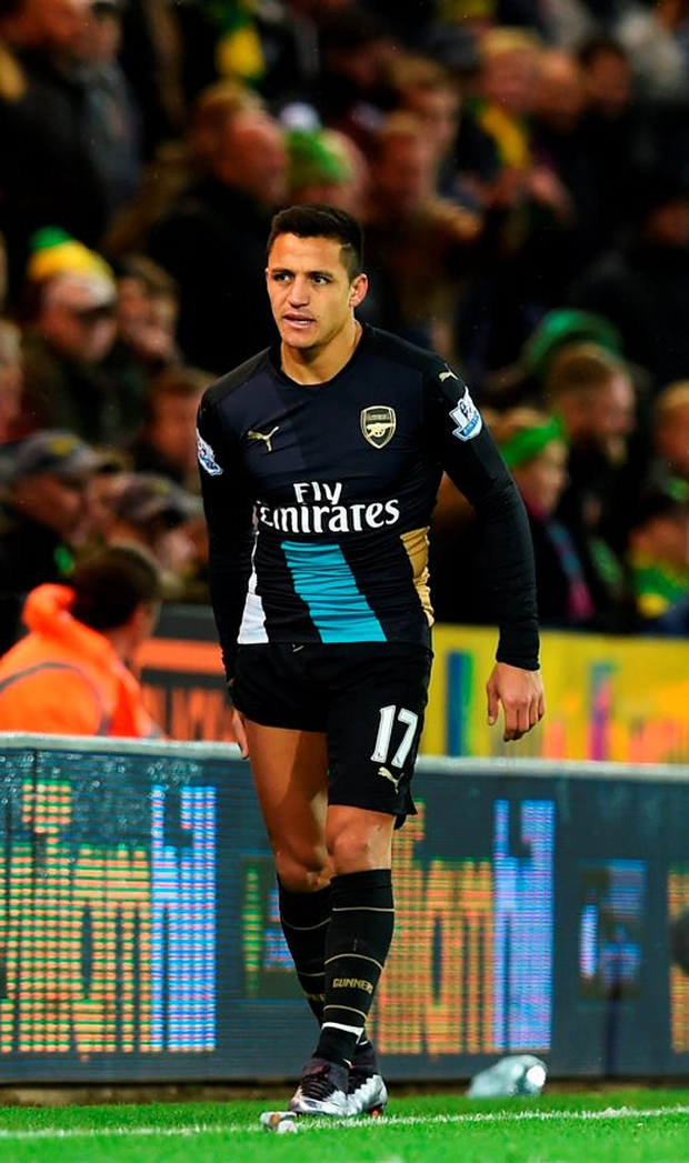 Alexis Sanchez is likely to return for Christmas