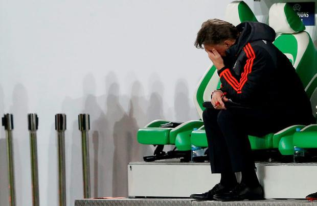 Manchester United manager Louis van Gaal looks dejected