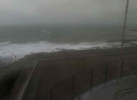 Looking out at a stormy Hook Head Credit: Twitter/@Desdescullen