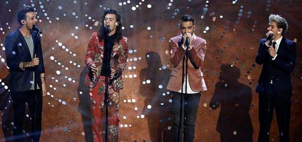 One Direction's final performance at the X Factor final