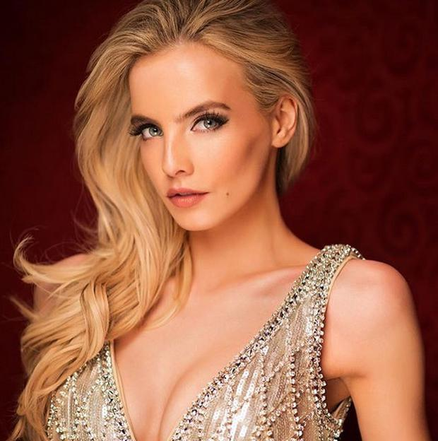 Joanna Cooper in her official Miss Universe portrait
