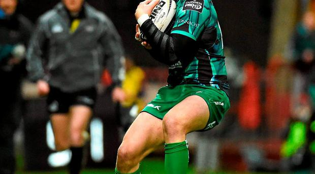 Robbie Henshaw has a tough decision to make as his contract with Connacht runs out at the end of the season