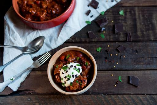 Slow-cooked pork chilli