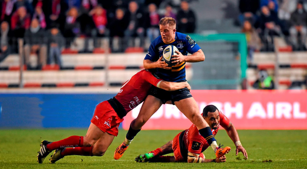 Luke Fitzgerald is tackled by Toulon's Matt Giteau last Sunday as some of the visitors looked elusive in the backline but lacked the support runners. Photo: Stephen McCarthy/SPORTSFILE