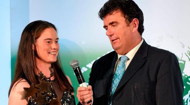 Pictured at the 27th annual Irish Independent Sportstar Awards is Young Sportstar of the Year Leona McGuire with MC Des Cahill. Croke Park, Dublin. Picture credit: Paul Mohan / SPORTSFILE